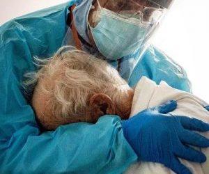 Covid ed essere sanitari: quando a lottare in quel letto di ospedale c'è un familiare