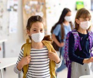 """Coronavirus, """"I bambini contraggono l'infezione meno a scuola che a casa"""""""