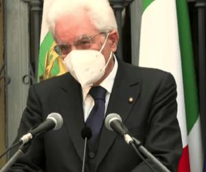 """Mattarella: """" Non si invochi la libertà per sottrarsi al vaccino"""""""